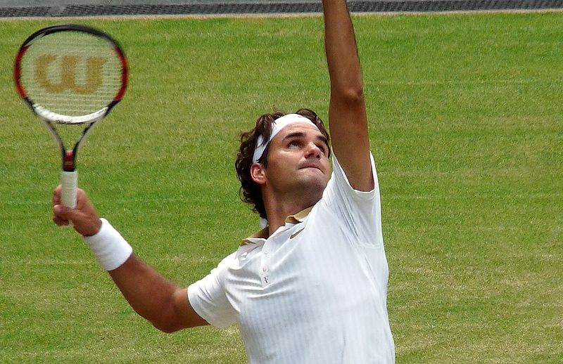 800px-Roger_Federer_(26_June_2009,_Wimbledon)_2_(crop-2)
